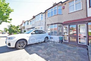3 bedroom Houses for sale in Ardwell Avenue Ilford