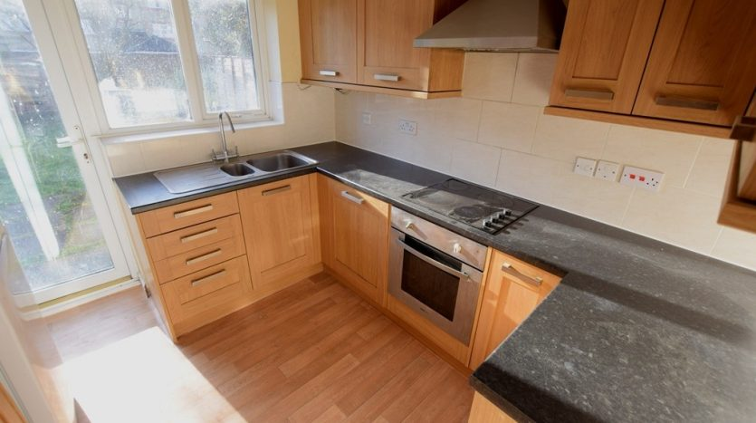 1 Bedroom Shared House To Rent in Telegraph Place, London, E14