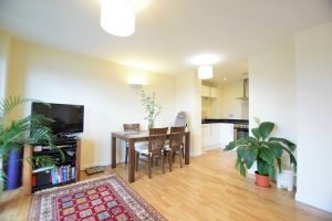 2 bedroom Apartments for sale in Ilford Hill Ilford