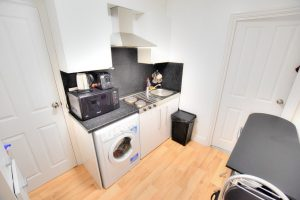 1 bedroom Apartments to rent in Ashgrove Road Goodmayes