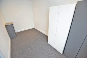 1 bedroom Apartments to rent in Eastern Avenue Ilford