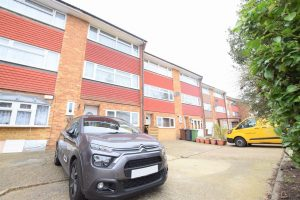 4 bedroom Houses for sale in Great Cullings Romford