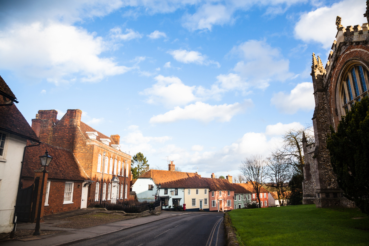 UK-Home-Sales-Surge-as-Buyers-Flood-Market-Ahead-of-Stamp-Duty-Holiday-Deadline_image_1